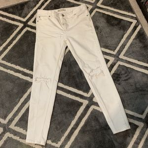 White distressed ankle skinny jeans Free People